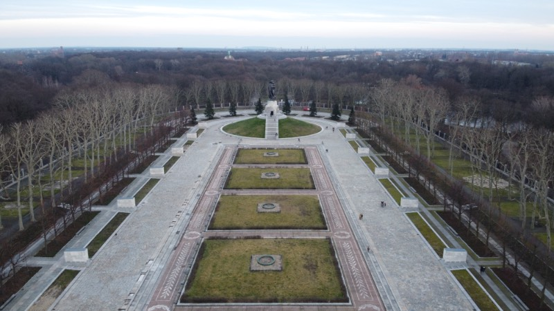 The Berlin Soviet War Memorial in Treptower Park is the biggest of the three war memorials the USSR left in Berlin after the end of the Second World War.  It was built to the design of the Soviet architect Yakov Belopolsky as a memorial for 5,000 of the 80,000 Soviet soldiers who died in the Battle of Berlin between April and May 1945. It opened four years after World War II on May 8, 1949, and it used to serve as the central war memorial in East Berlin.