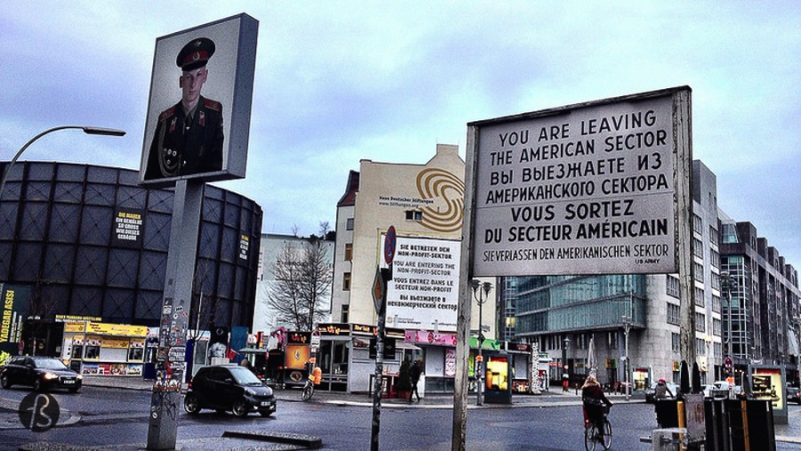 fotostrasse - fotostrasse - check point charlie 1 Resized
