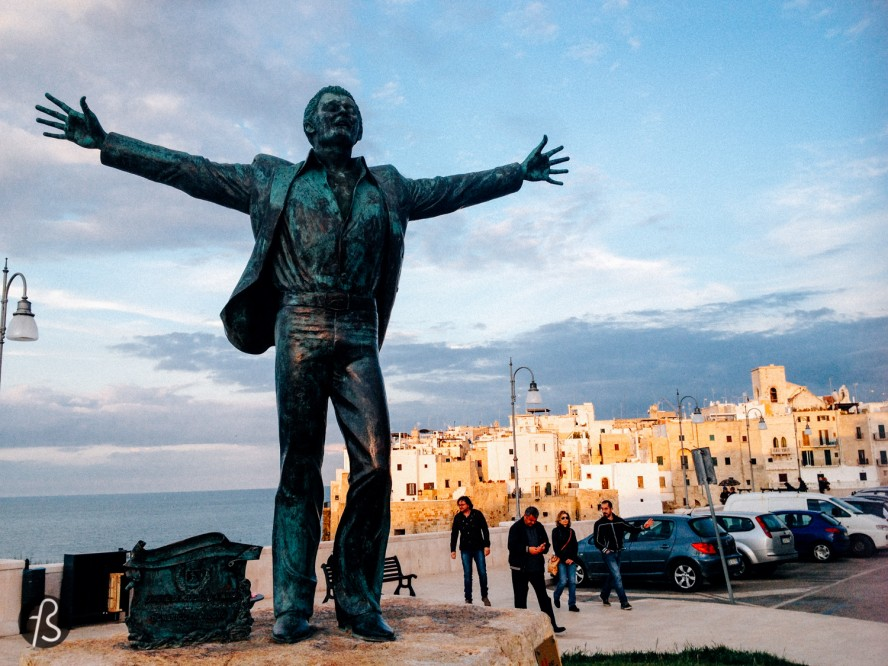 The second thing is the most famous export from Polignano a Mare. His name is Domenico Modugno and you might know him by his massive international hit Nel Blu Dipinto di Blu. You may remember the song as Volare and the locals are incredibly proud of it and even placed a statue of him in the main square.