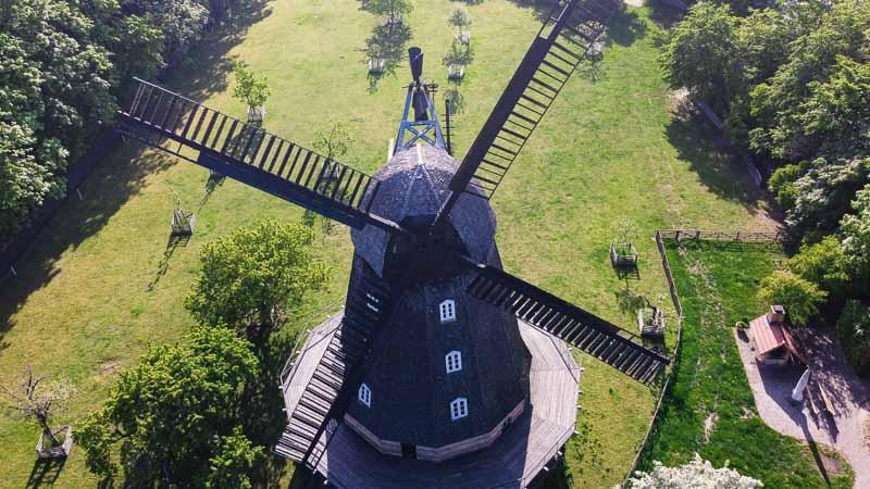 Britzer Muhle: finding Windmills in Neukolln