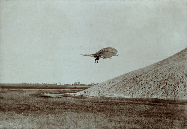 Otto Lilienthal - the Glide King