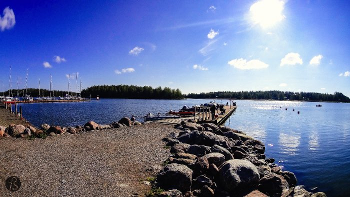 Porvoo Finland is a small and beautiful city close to Helsinki. When you visit the city, you should find a boat and enjoy the Porvoo Archipelago