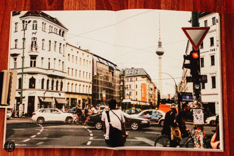 Fotostrasse Holiday Gift Guide: Berlin Books - Cee Cee is our favorite newsletter about Berlin. They often show us places we never heard of and we are always amazed by their weekly links. Their book came as a pleasant surprise and we bought it at the release party. We came out of there with such a beautiful book that we could advise you to get it just based on graphic design.