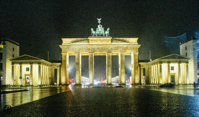 A great tip for the winter times in Berlin is to try to see the famous tourist spots of the city. The Brandenburg Gate looks beautiful in a cold night without the mass of tourist that gather there everyday.