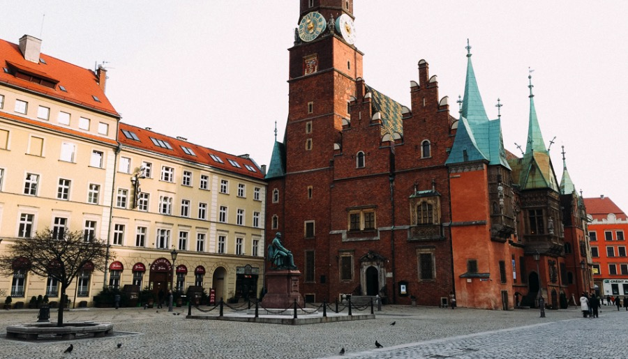 Wroclaw Market Square - The Largest Market Square in Poland 07