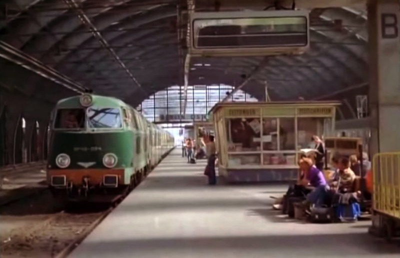 East Berlin is a place that doesn't exist anymore and, maybe, this is why we want to see it in every possible way. This is why we are posting this video we found that shows how East Berlin used to look like back in 1980.