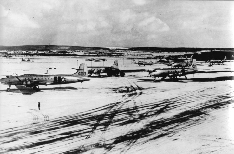 Berlin Airlift: Surviving the Berlin Blockade