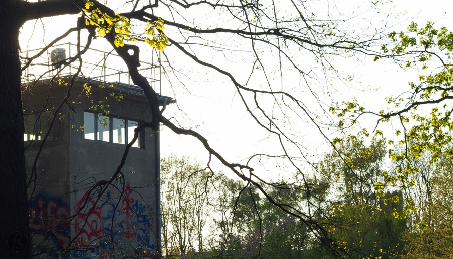 People don't go close to Schlesisches Busch looking for Cold War relics but an East German Watchtower is what you are going to find there.