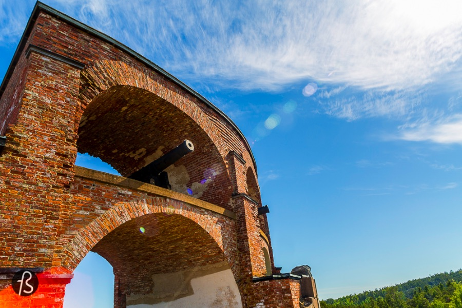 6 Things you need to to in Aland - Visit the Russian Ruins from the Battle of Bomarsund 01