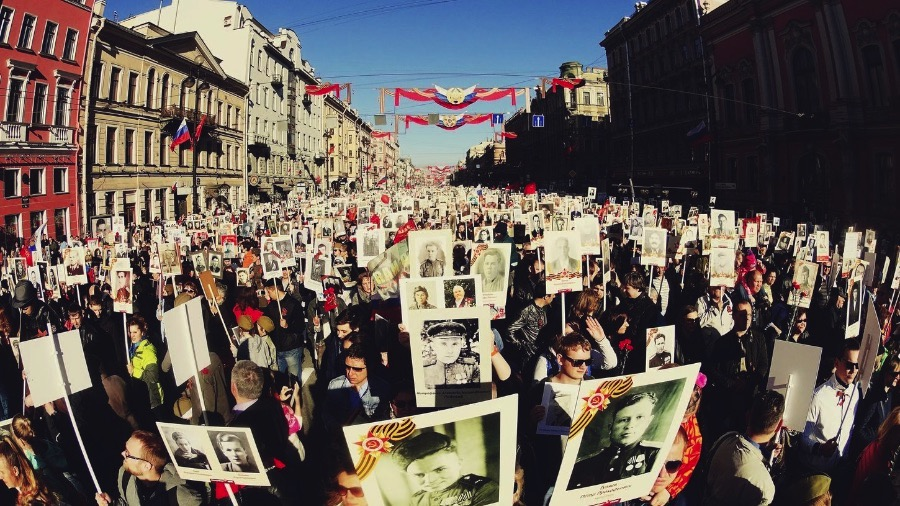 Immortal Regiment: The day we marched with the veterans in St. Petersburg