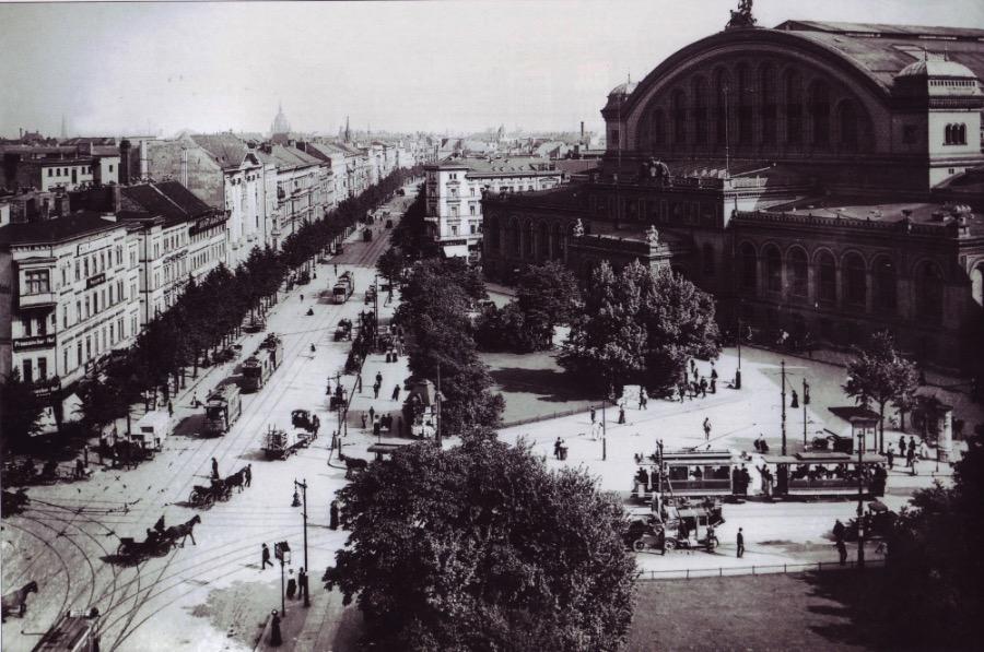 Anhalter Bahnhof and Askanischer Platz in Berlin, about 1910