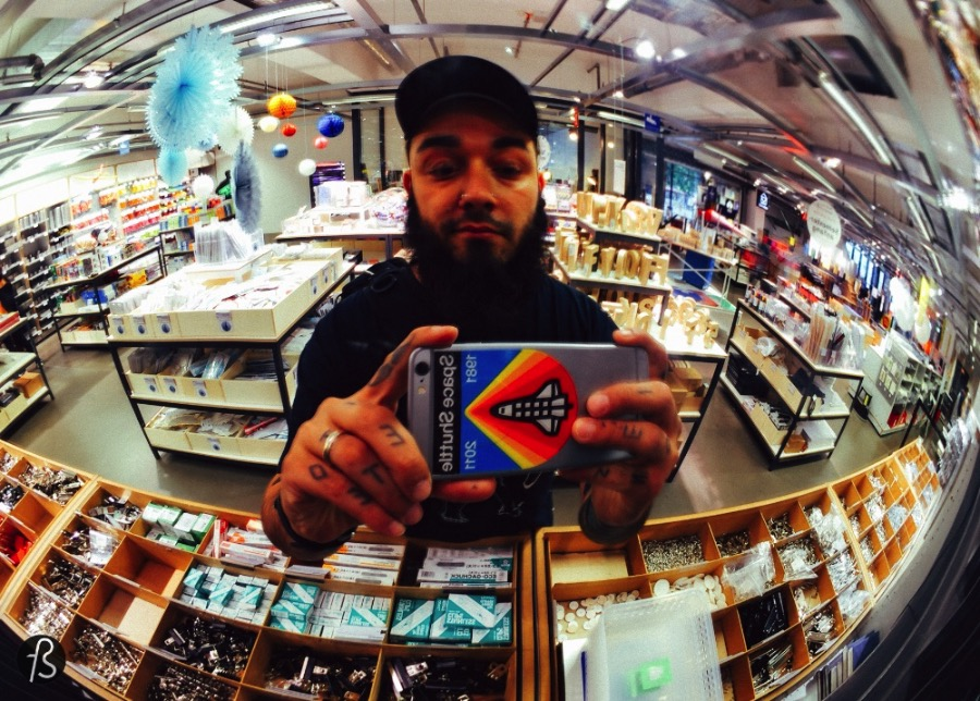 Founded by Christoph Struhk more than 25 years ago as a small specialist shop for architectural model building, it easily became the best shop supplies for any craft project you might have. Today, Modulor has more than a hundred people at work and the offer a lot more than material for architectural model building. Where else can you find sheet plastic, sand metal sheets, calligraphy supplies and design books in the same place? Only at Modulor!