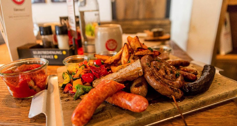 Hanswurst Aachen: The First German Restaurant focused on Sausages