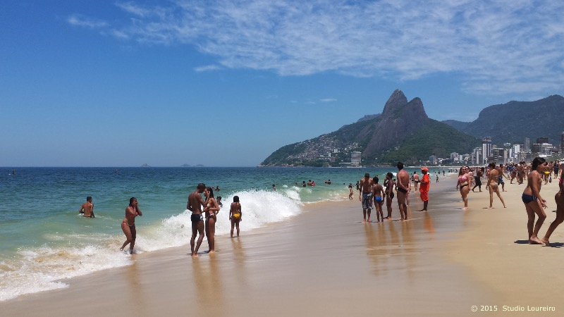 Rio de Janeiro - City of Wonders_Ipanema is known as one of the most wealthy and expensive places to live in Rio. Bordered by Leblon and Arpoador Beach, Ipanema is the beach to see and to be seen. Divided in groups, goes like this: young and beautiful; high-class; athletes; alternative; and on the weekends, also the people from the favelas. Don't be curious about the canal, not very busy, quite empty, and should be avoided during day and night.