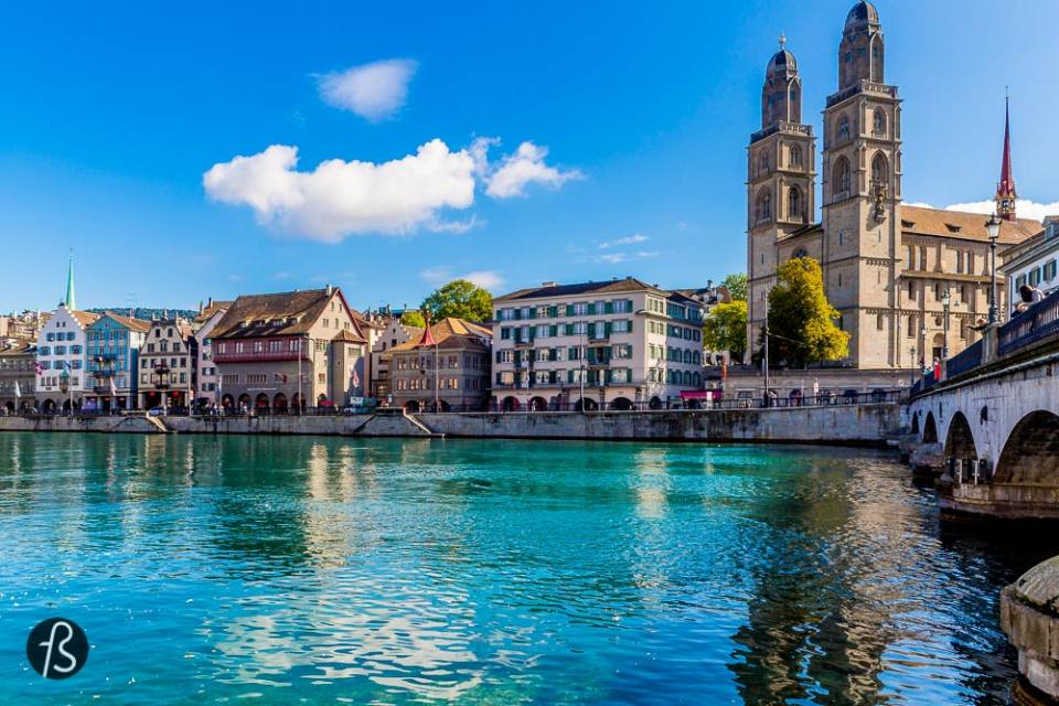 Six Hours in Zurich - Follow the river in the opposite direction you came and you will find yourself at Bellevueplatz. From there, you need to cross the bridge and go to Bürkliplatz.