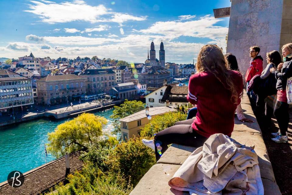 Six Hours in Zurich - Lindenhof is the historical site of a roman castle that, a long time ago, used to overlook the lake. Later, it was the site of the Carolingian Kaiserpfalz and, today, is where you come to take the best panoramic pictures from Zurich.