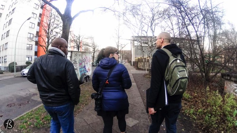 Most people don't know but there is a piece of Africa in Berlin and you can find it in Wedding, a district north of Berlin. There you are going to see the African Quarter of Berlin and we only manage to discover that because we were invited by With Locals to try one of their tours. Once we took a look at what was available, we knew we had to explore Wedding with Henning, our connection with the African Roots of Berlin.