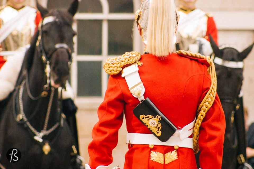 "London on a budget Changing of the Guards For many tourists, the Changing of the Guards boxes pretty much what they believe to be the identity of what ""Britain"". And because of that, it is no surprise that this is one of the most crowded free events in the city. Be prepared for massive amounts of people. Watching the shift change between the soldiers is 100% compatible with our goal of ""London on a budget"". But it is only for the months of April, May, June and July. Everything starts at 11:30 AM, but to save yourself a good view I'd recommend arriving at 11 AM or earlier."