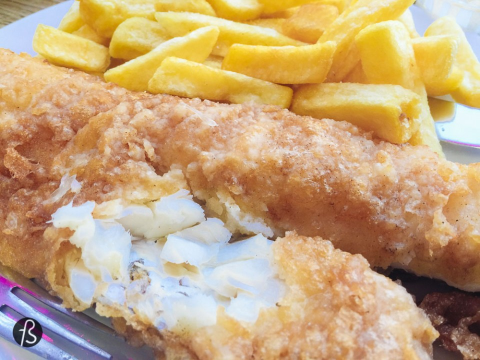 "London on a budget The legen-wait for it-dary Fish&Chips from Britain Bailey's is the place you need to find to cure your hunger of traditional fish and chips. With promotions like ""Cod and Chips only £5.65 any day of the week 12 to 5pm."" and a strange sense of pride like ""We are proud to be rated currently in the top thirty of more than 18,000 restaurants in London by Tripadvisor"" this place is a must. Grab a sit facing the street, order a side dish of mushy peas - how Brits call mashed peas - and get your hands ready for some oil."