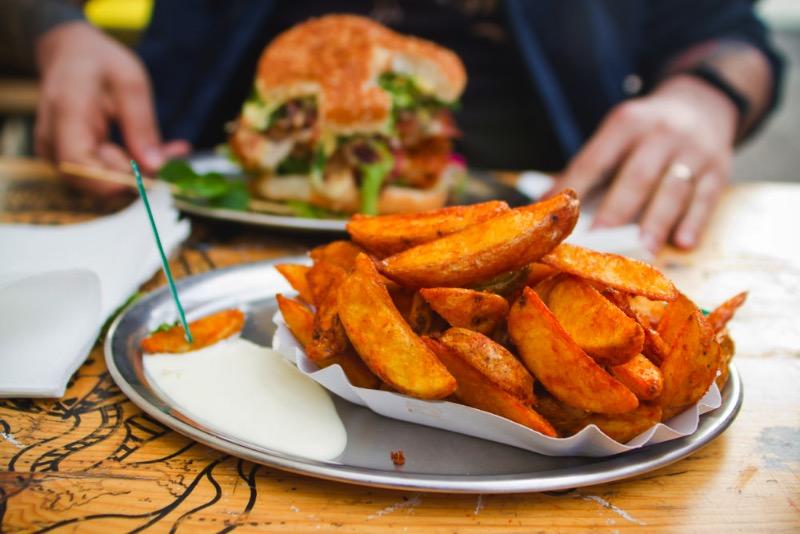 Where-to-Eat-in-Berlin-BBI-–-Berlin-Burger-International-07