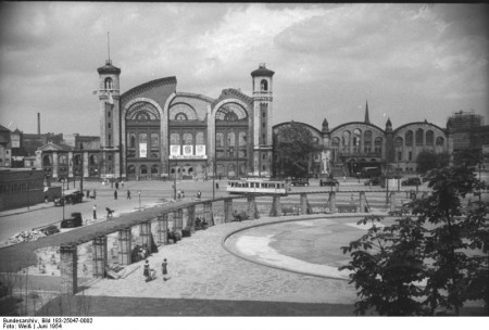 Nordbahnhof Station in 1954, before it was demolished to open space for the Berlin Wall.