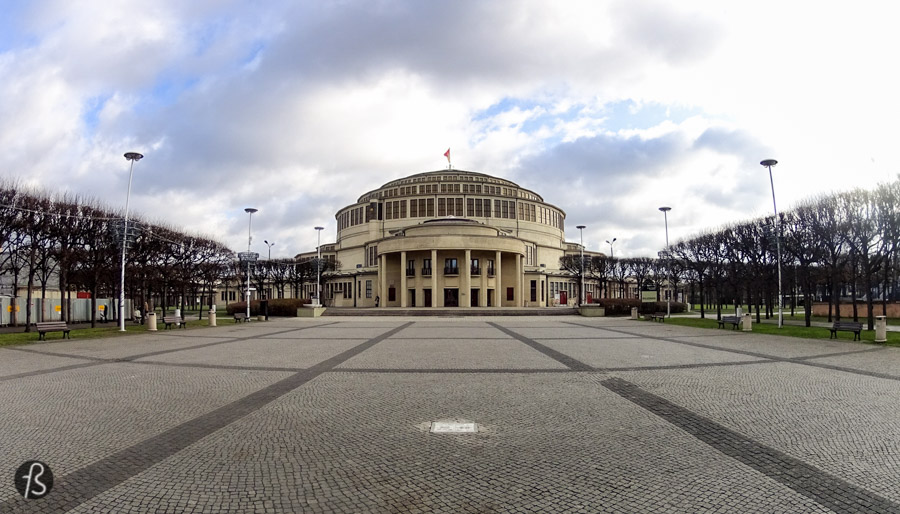 The Centennial Hall is one of the most interesting landmarks Wrocław has. This huge building was constructed between 1911 and 1913 under the supervision of Max Berg when the city was still a part of the German Empire. The Centennial Hall was designed to be a multifunctional structure, able to host exhibitions, concerts, operas and sporting events.