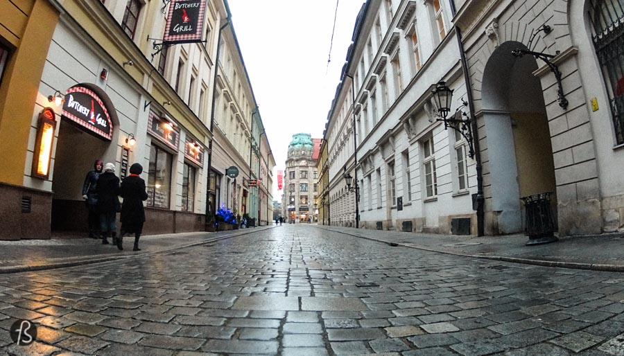 Wrocław originated at the intersection of two important trade routes: Via Regie and the Amber Road. The first one is a historical road in the Middle Ages that ran west-east through the center of the Holy Roman Empire and connected Moscow with Santiago de Compostela in northern Spain. The second one, the Amber Road, was a trade route for the transfer of amber from the North Sea and the Baltic Sea to the Mediterranean Sea. Because of these roads, settlements existed in the area where Wrocław is today since the 6th century.