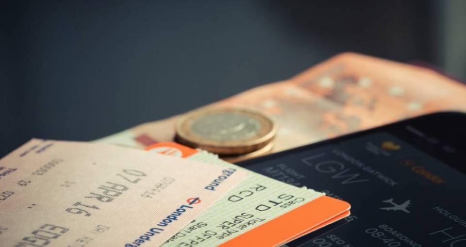 5Unique Ways to Save Money to Travel