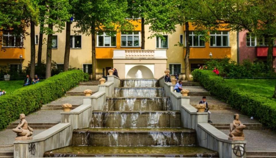A Visit to the beautiful Körnerpark in Neukölln