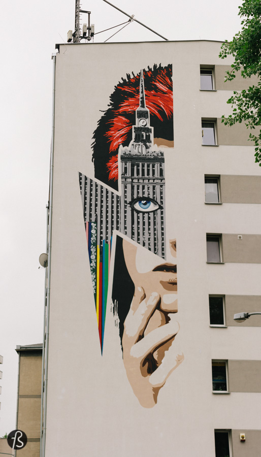 David Bowie's Warsaw: How Warszawa Came to Be_In January 2016 the world got a little sadder. Some people, like I did, went to pay respects at his former home in Berlin. Others decided to commemorate his life by immortalizing him on huge mural.  A mural in Warsaw's Żoliborz district, where David Bowie took a walk almost 40 years before. This was the proposal from Beata Chomątowska of the Stacja Muranów Association and I manage to visit this beautiful piece of street art when Fotostrasse visited Warsaw in May 2016.
