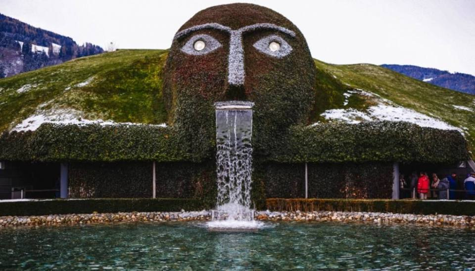 Swarovski World: Five Reasons to visit Kristallwelten Wattens