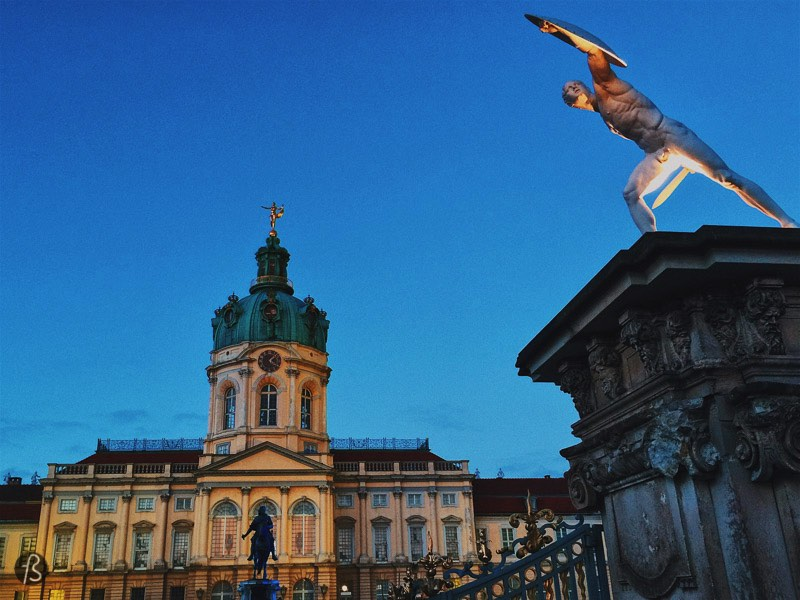 The Charlottenburg Schloss is one of the most famous palaces in Germany and everything there is more than beautiful, but we love to stroll around its garden trying to capture the castle and the lake behind it in a single shot. If you visit the Charlottenburg Schloss in the winter time, you will enjoy it even more due to its great Christmas market!