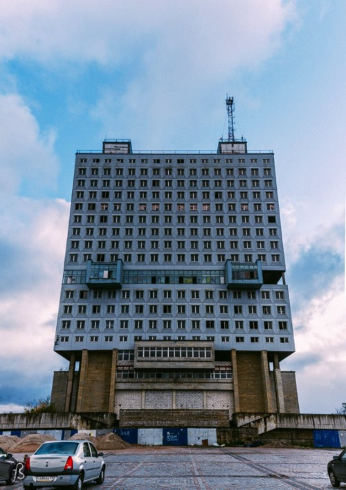 For 20 years, the House of Soviets stood abandoned and unfinished in the heart of Kaliningrad. Until 2005, when Russian President Vladimir Putin visited the city to celebrate Kaliningrad's 60 the birthday and the 750th years of Königsberg. Because of Putin's visit, the House of Soviets received some light blue paint and windows. Some people believe that it made the building a little less ugly. But it still stood as a problem for the city since nothing was done on its interior and it remained unfinished and unusable.