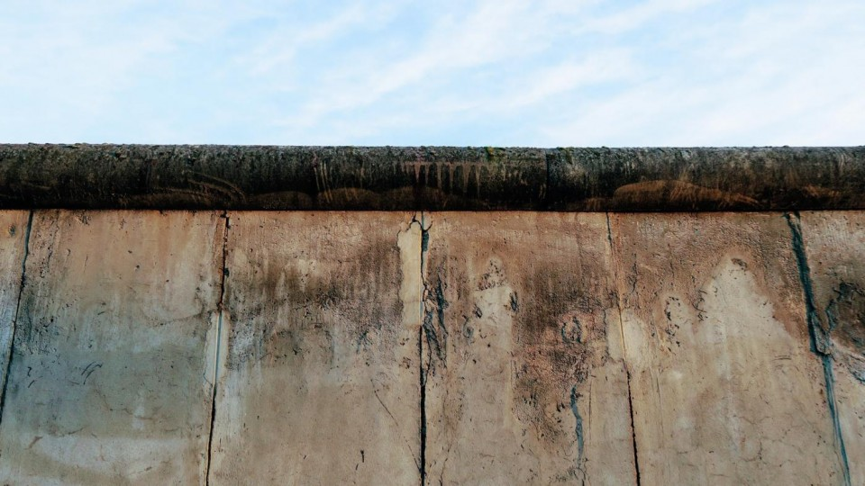 Understanding the Berlin Wall with Walled in! – The inner German border