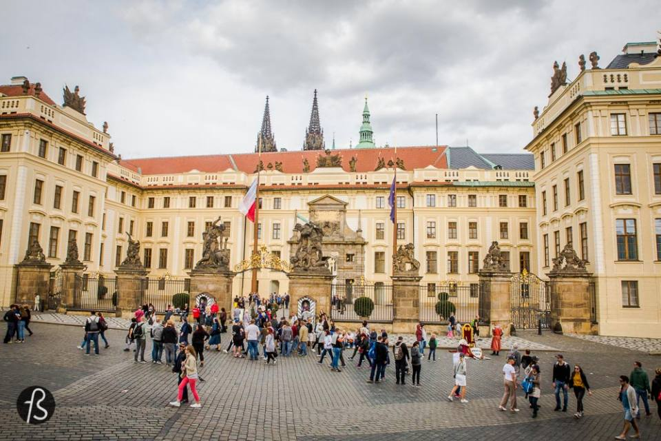 Castle Prague - A comprehensive guide for the best Prague photos ever
