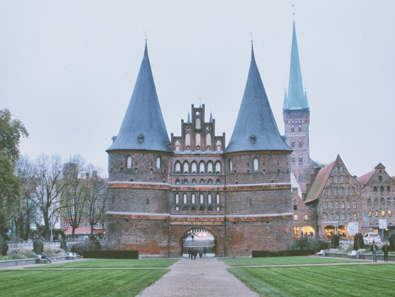 I visited Lübeck in early November. It was part of my Northern Germany tour after I decided to take a bus from Berlin to Hamburg just to see Ihsahn playing a concert there. From Hamburg, a friend and I went around Schleswig-Holstein and visited Flensburg, Neumünster, Kiel, and Lübeck which was the highlight of the trip.
