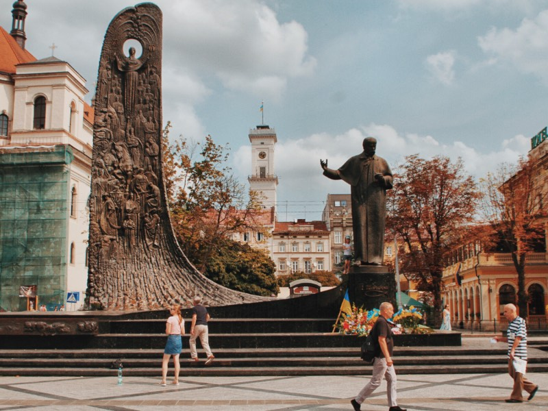 I have had a fascination with Eastern Europe for a while now, and Ukraine was always one of the countries I wanted to visit the most. I managed to do it in August 2018 during an Eastern Europe tour that I did with a friend. We started everything in Budapest, then Kosice and, finally Lviv.