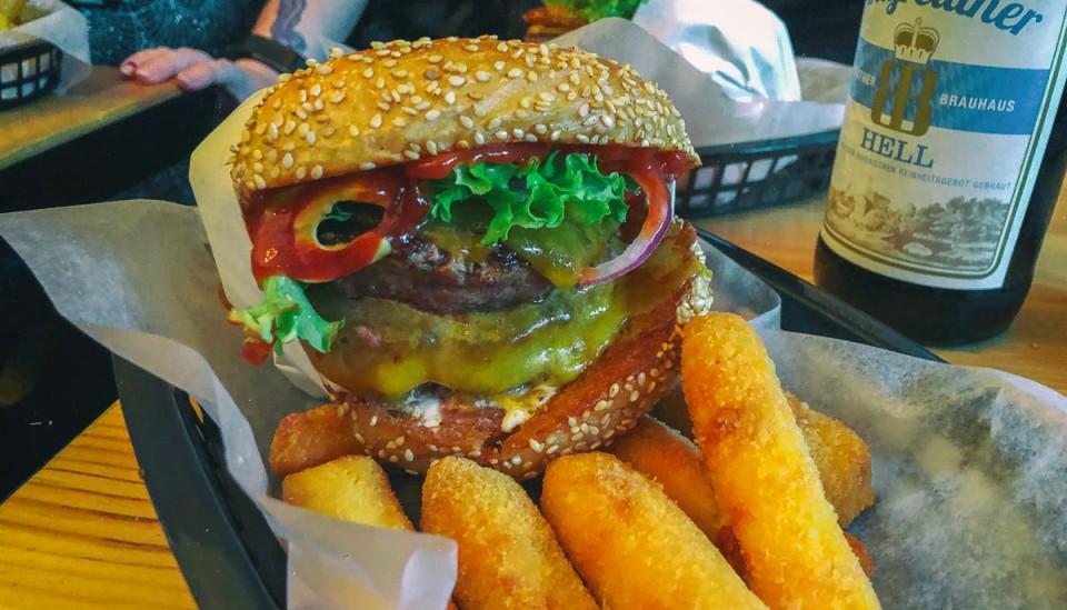 Burgers Burgers: locally sourced burgers but no salt
