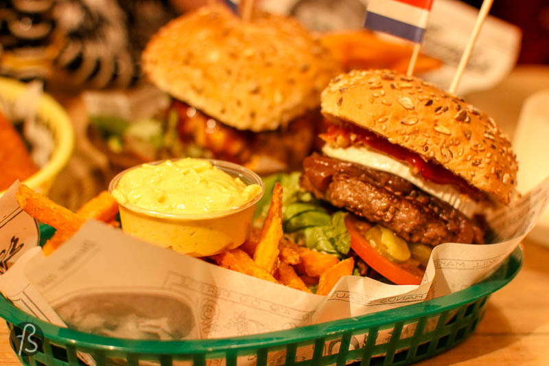 Rembrandt Burger: Dutch burgers in Friedrichshain