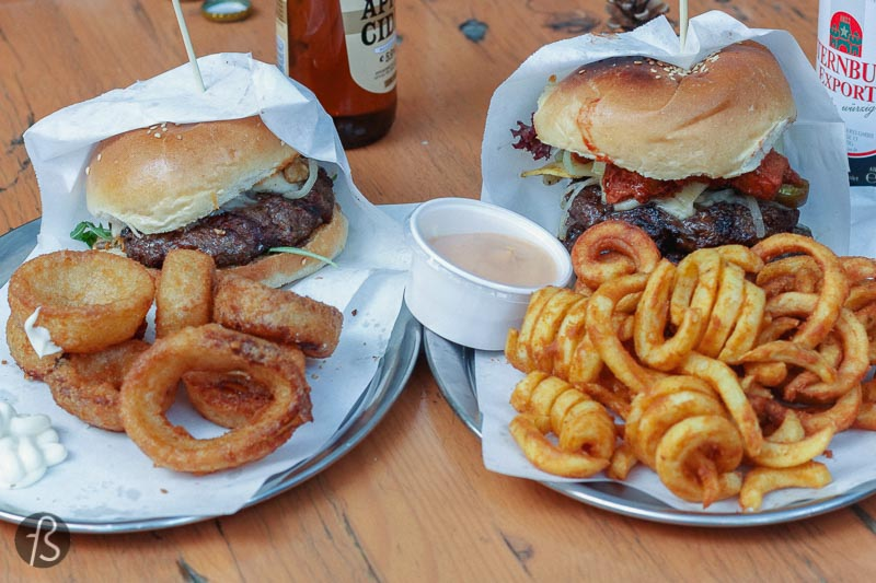 Rebel Room: delicious burgers in Wedding