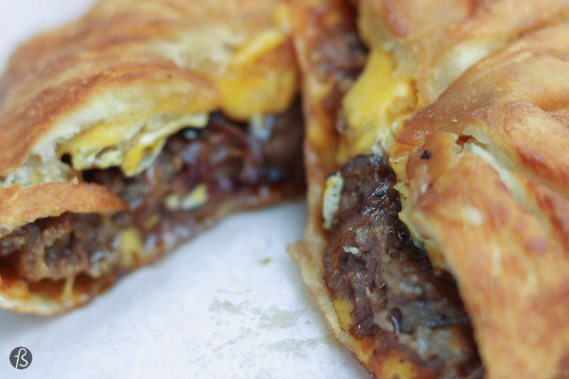 BURGER VISION: Calzone Burgers in Mitte