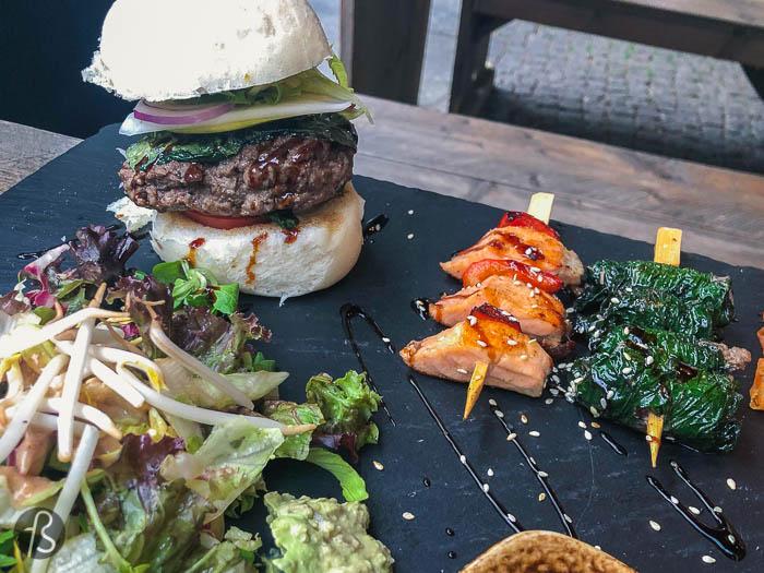 Pan Bao Burger Asian Inspired In Friedrichshain Via Fotostrasse