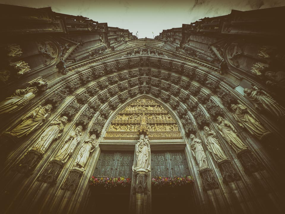 A Visit to the Magnificent Cologne Cathedral