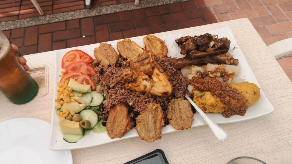 The food in La Esquinita Latina
