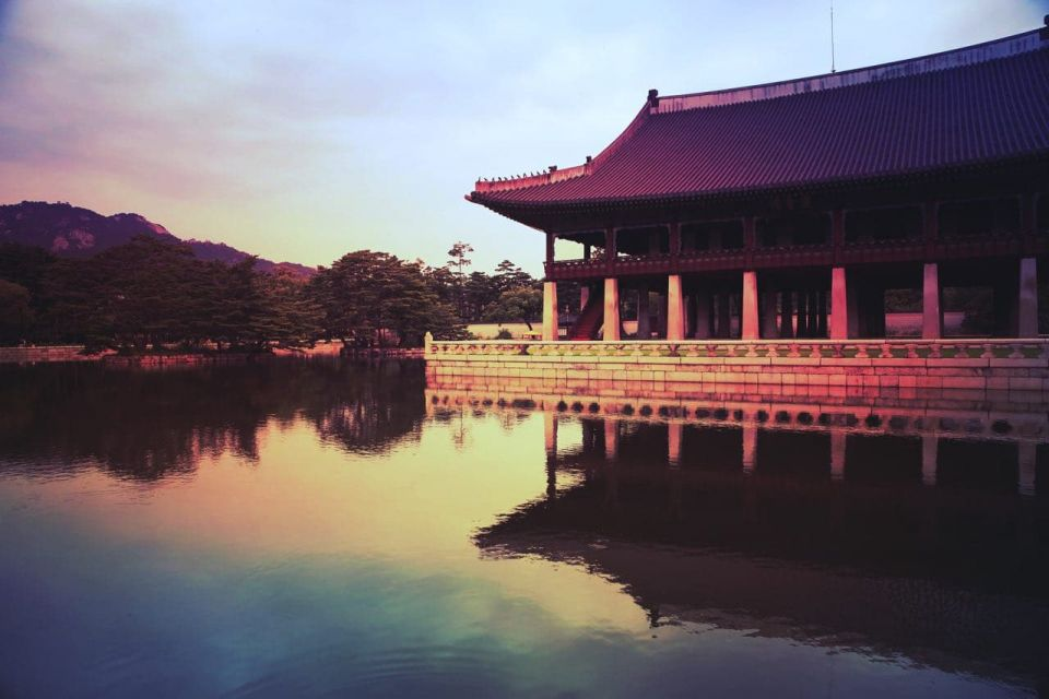 Gyeongbokgung - Gyeonghoe-ru Pavilion
