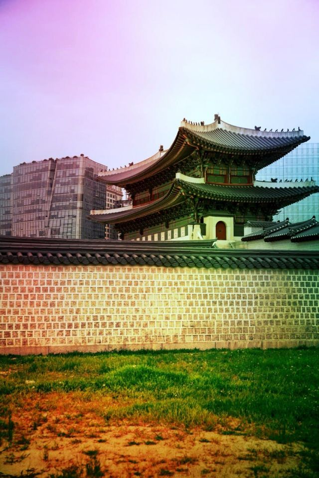 Gyeongbokgung from the side