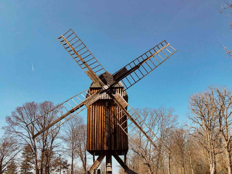 Gatower Mühle: The New Windmill in Gatow