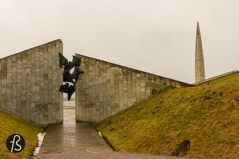 Overlooking the bay in Tallinn, this is where you will find the Maarjamäe Memorial Complex. This ensemble of memorials dates from Soviet times, back in the 1970s, and it's easy to spot from the city centre because of its sizeable concrete obelisk dedicated to the Defenders of the Soviet Union.