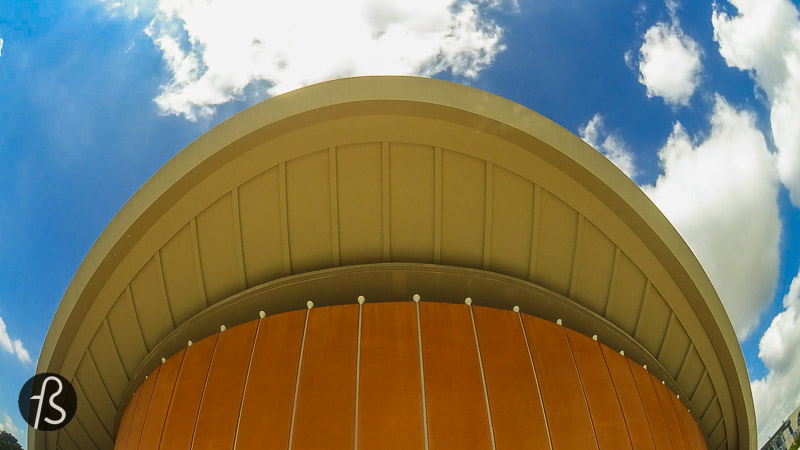 Most people call it the HKW, Haus der Kulturen der Welt in German, translated as the House of the Cultures of the World. Designed by American architect Hugh Stubbins as part of the Interbau Program in 1957, which also gave Berlin the Hansaviertel, this curved structure looks magnificent.