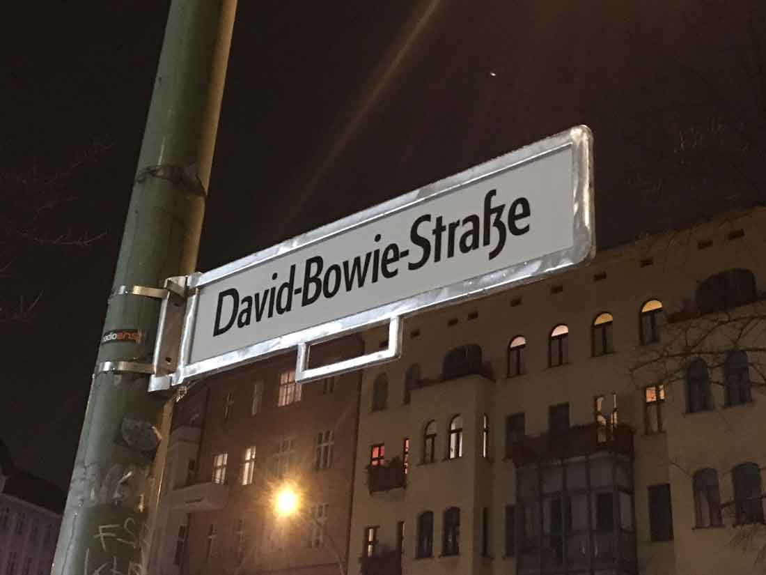 Bowie in Berlin, Heroes and the Berlin Wall: Is Bowie responsible for the end of USSR?